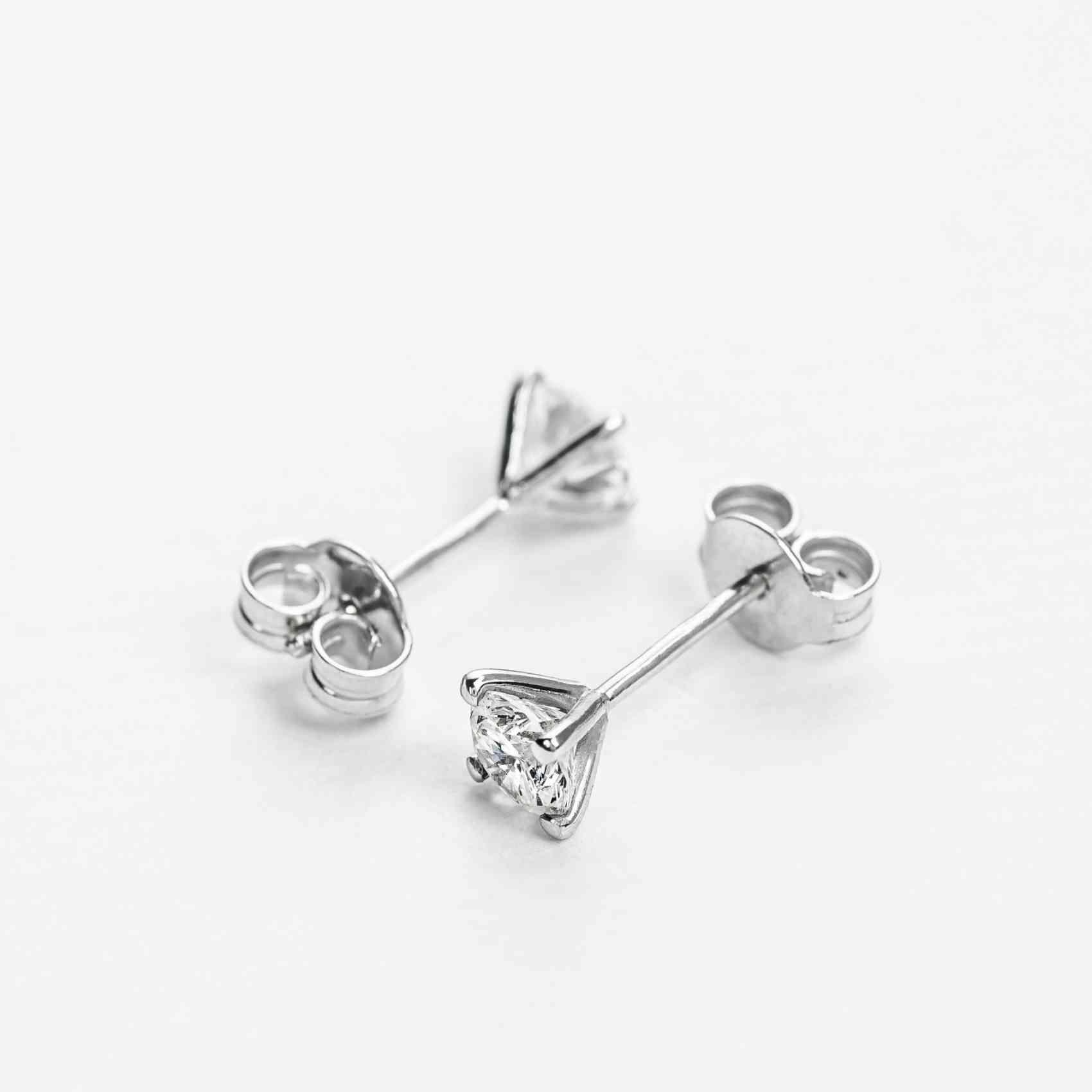Cercei din Aur alb de 18K cu Diamante