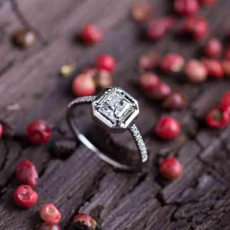 Inel Logodnă din Aur Alb 14 K cu Diamante Albe