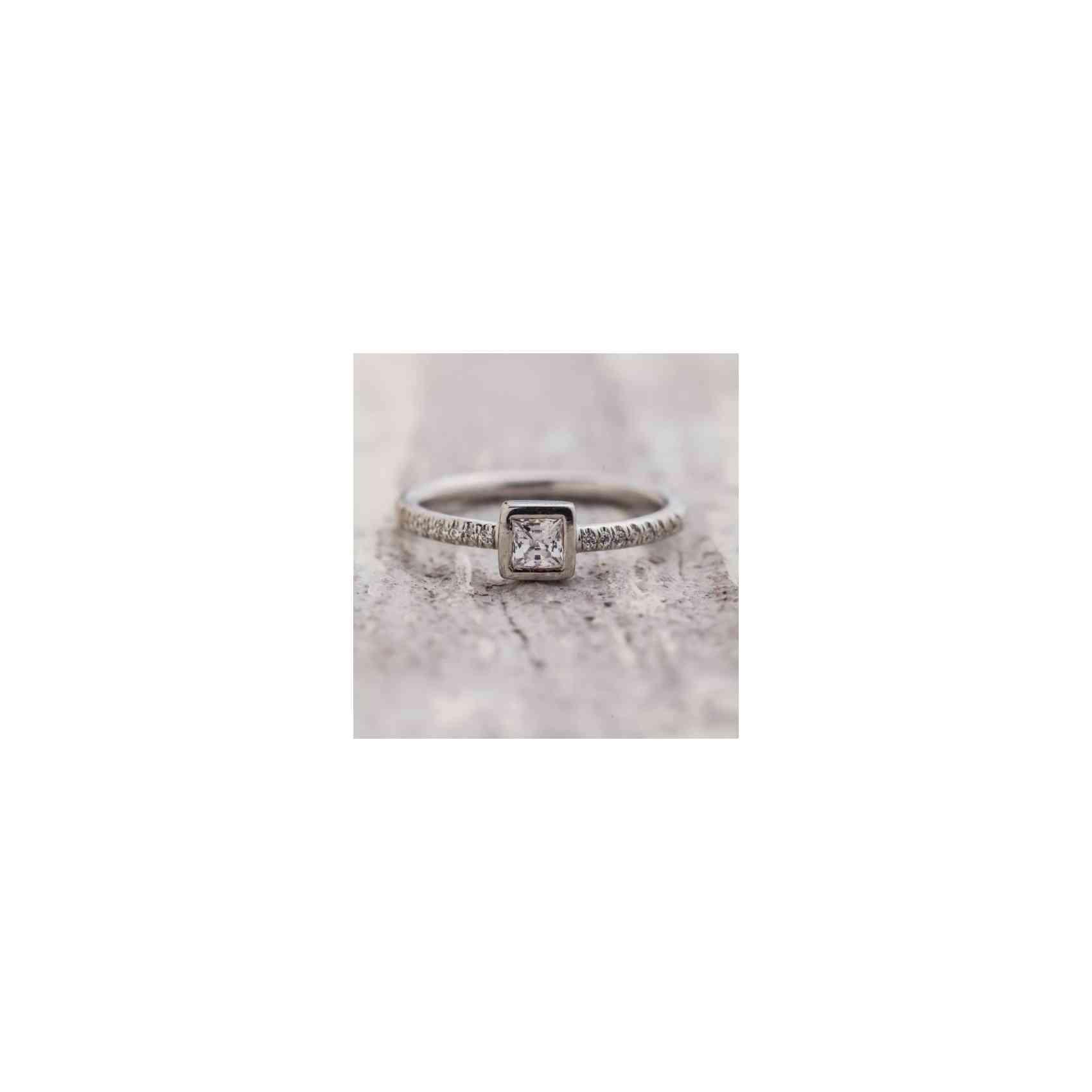 Inel de Logodnă din Aur Alb 14k cu Diamante
