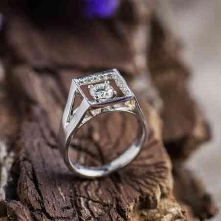 Inel de logodna din Aur Alb 18K și Diamante