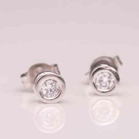 Cercei din Aur Alb 14K cu Diamant