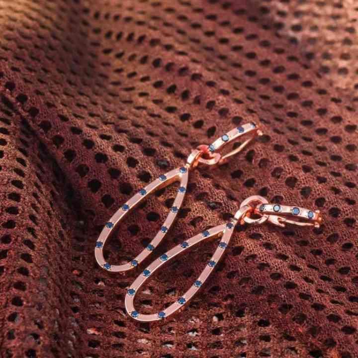 Cercei Aur Roz 18K cu Diamante Negre