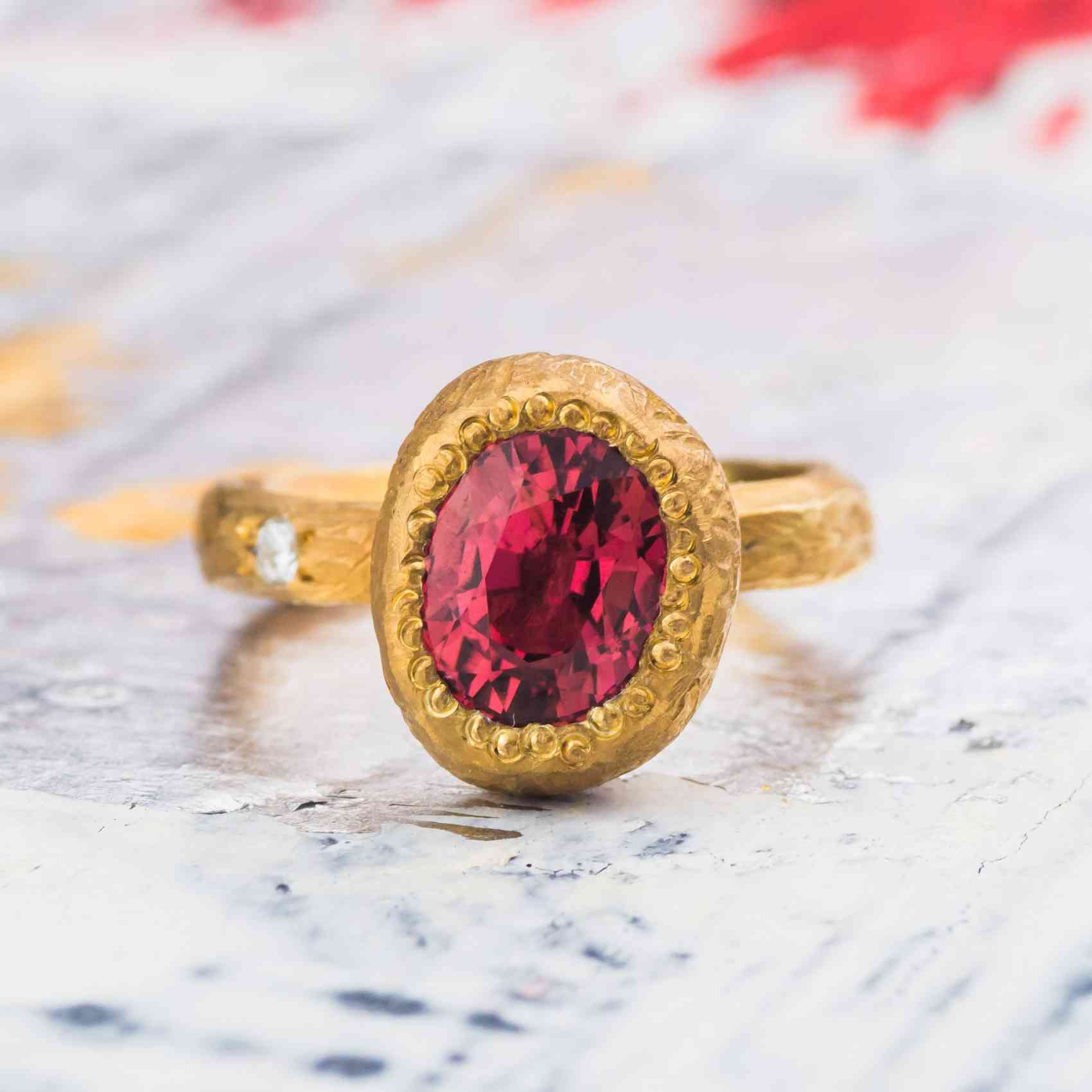 Inel din Aur Galben 18K cu Turmalină si Diamant