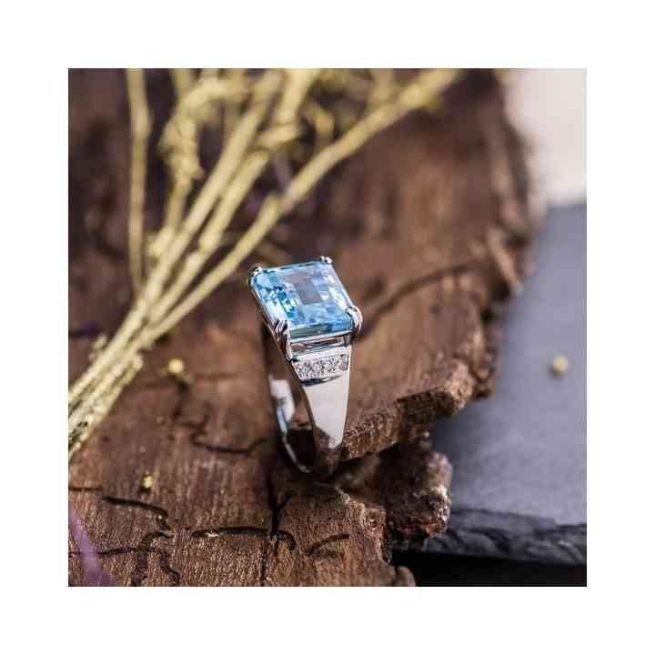 Inel din Aur Alb 14K cu Acvamarin si Diamante