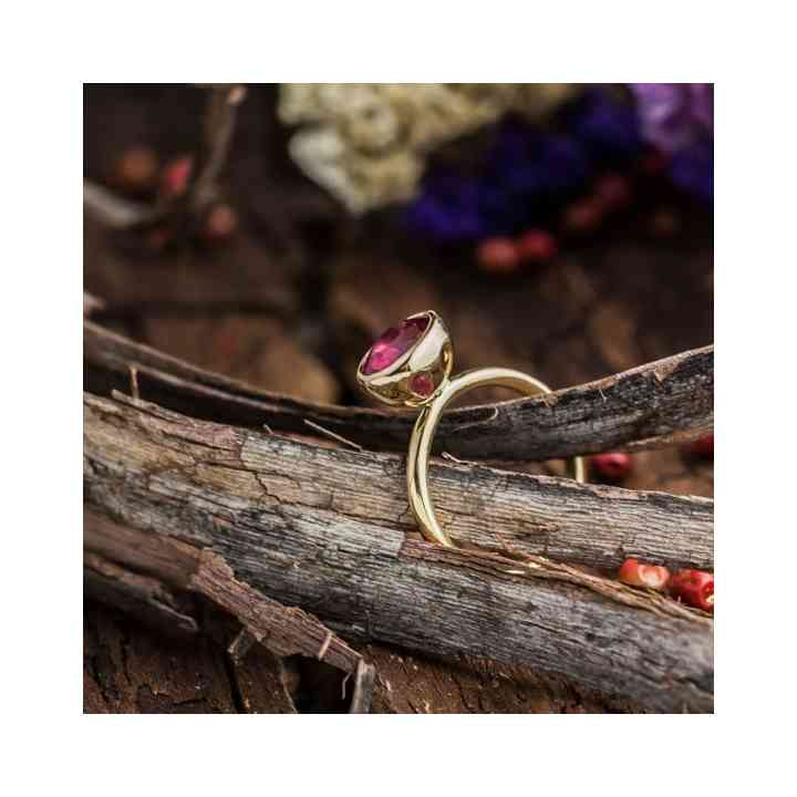 Inel din Aur Galben 14K cu Rubin Natural
