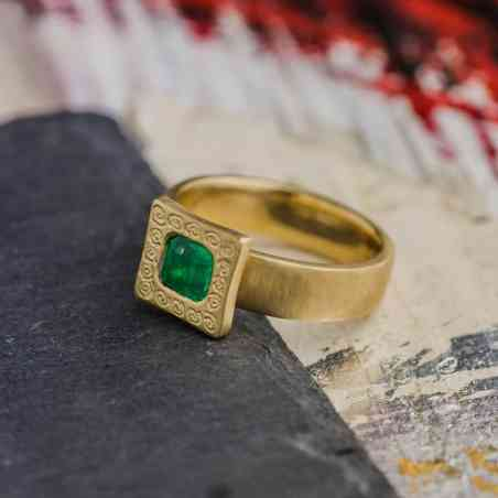 Inel Aur Galben 14K cu Smarald