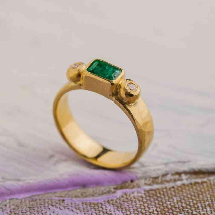 Inel Aur Galben 14K cu Smarald si Diamante