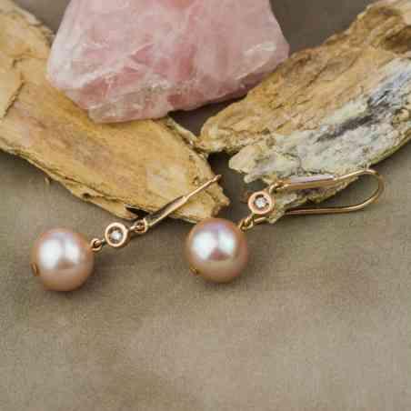Cercei din Aur Roz 18K cu Perlă Roz și Diamante
