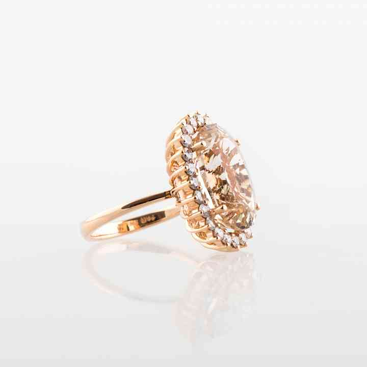 Inel din aur roz 18K cu Morganit și Diamante