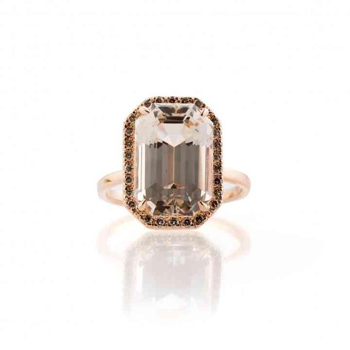 Inel din aur roz 18K cu Topaz natural și Diamante