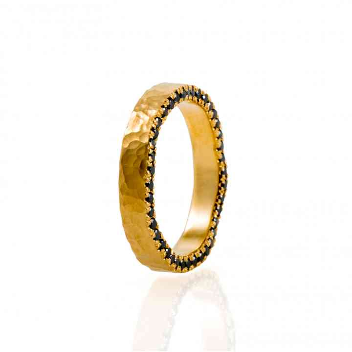 Inel model unicat din aur galben 22K cu diamante negre